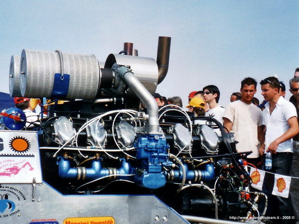 v12_turbocompresso.jpg